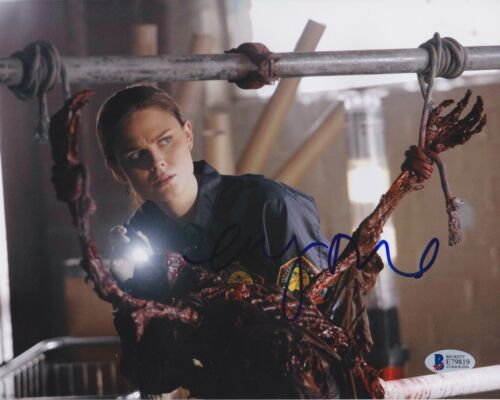 EMILY DESCHANEL SIGNED 8X10 PHOTO BONES BECKETT BAS AUTOGRAPH AUTO COA A