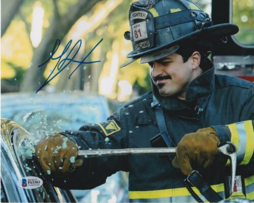 YURI SARDAROV SIGNED 8X10 PHOTO CHICAGO FIRE BECKETT BAS AUTOGRAPH AUTO COA E