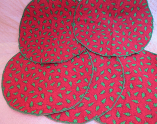 Set 5 ROUND Christmas Placemats or OVERLAP to CREATE Table RUNNER - Center CLOTH