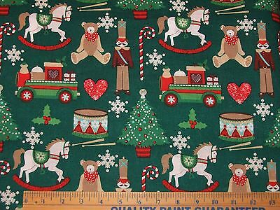 NEW 2 YARDS CHRISTMAS NOVELTY TOYS ON GREEN COTTON FABRIC 44 W CF133