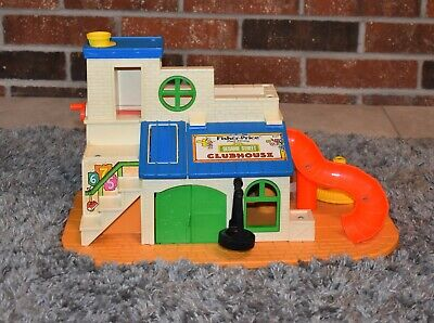 Vintage Fisher Price1976 Play House Sesame Street Clubhouse #937 & Accessories