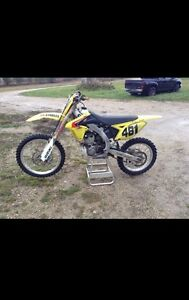 2010 RMZ250 | Fuel Injected | 40 Hours | $3800
