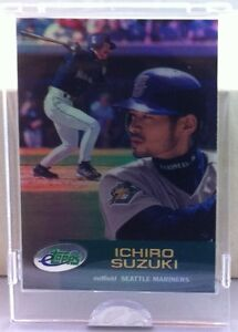 2001 ETOPPS IN HAND ICHIRO SUZUKI ROOKIE CARD NEW YORK YANKEES SEATTLE MARINERS
