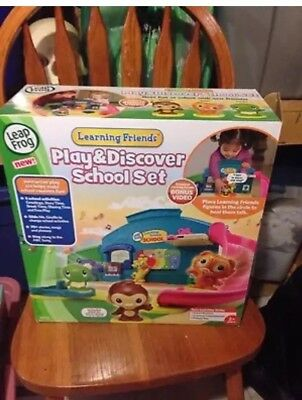 LeapFrog ~ Learning Friends ~ Play and Discover School (Leapfrog Learning Friends Play And Discover School Set)