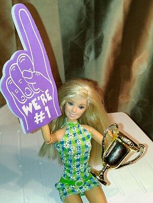 (Barbie Foam Finger & Trophy for Sports Accessories - Choice of Color)