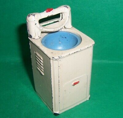 VINTAGE DOLLS HOUSE 1950's BARRETT & SONS METAL WASHING MACHINE LUNDBY SCALE