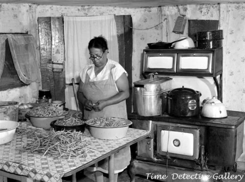 African American Woman Cleaning Green Beans - 1940 - Vintage  Photo Print