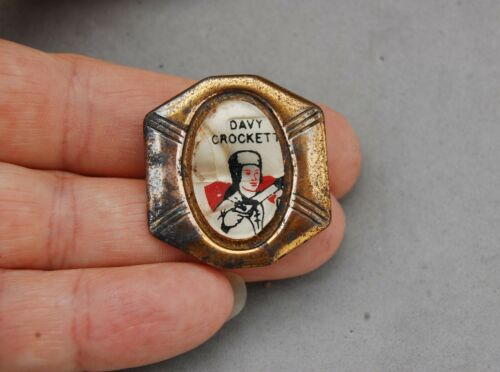 "Davy Crockett Child Bolo Tie Vintage Shabby 1 1/4"" Pioneer Hero Western Toy"