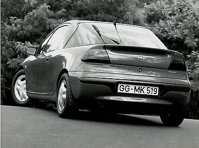 Pressefoto 1993 Opel Tigra 21,5x16,5 cm press photo Auto PKWs Autofoto