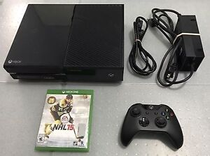 XBOX ONE With 1 Controller/All Cords & 2 Games