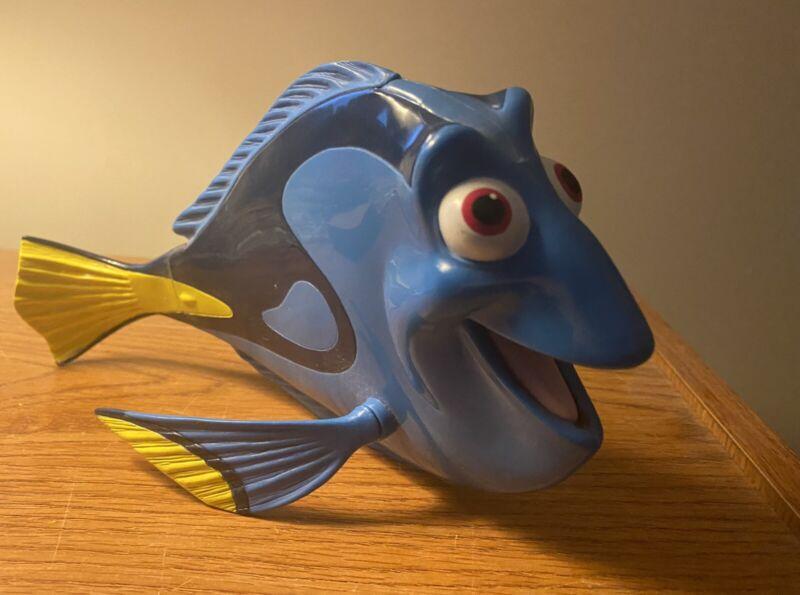 Disney Pixar Finding Nemo Dory Plastic Figure GOOD CONDITION WITH MINOR MARKS
