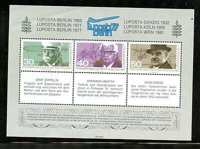 World Poster Stamps Fair Exposition Souvenir Sheet Aviation Germany Zeppelin  - $1.50