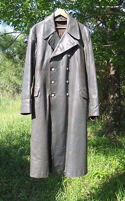 WW2 German Wehrmacht - Elite  Officers  leather  Overcoat sz 38 Medium