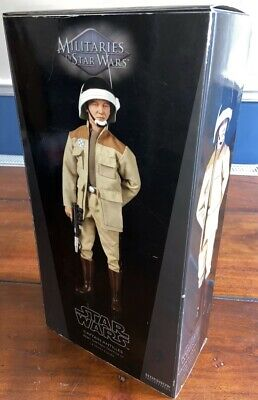 SIDESHOW Star Wars Captain Antilles - BOXED.