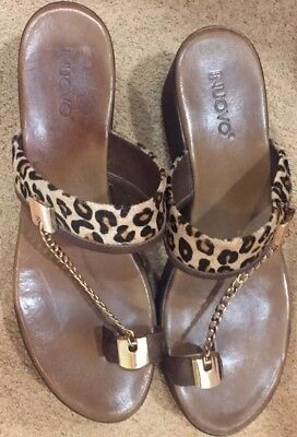 Inuovo Women Leopard Platform Sandals With Gold Chain Around Big Toe Size 10