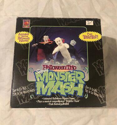 Vintage HALLOWEEN TRIO Singing MONSTER MASH Animated Prop w/Box