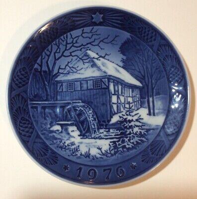 B & G Copenhagen Denmark 1976 Blue White Christmas Collector Plate Water Mill