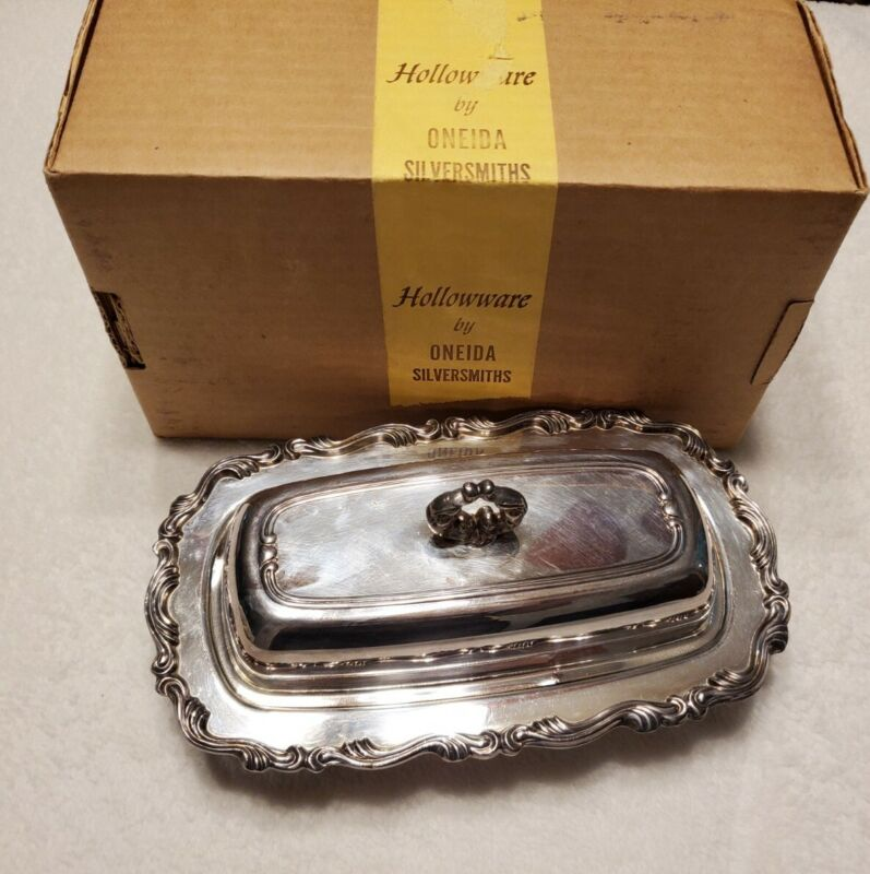 Vintage William A Rogers Silverplate Holloware Butter Dish with Glass Tray