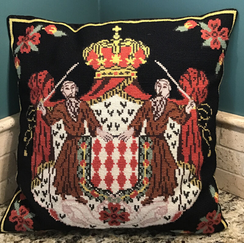 """COAT OF ARMS VINTAGE HAND STITCHED NEEDLEPOINT PETITPOINT THROW PILLOW COVER 16"""""""