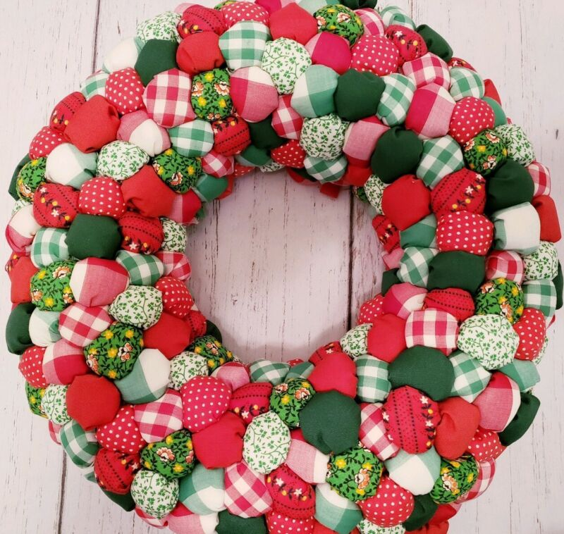 Vintage  Christmas Wreath Patchwork Fabric Stuffed Puffy Handmade Retro Red
