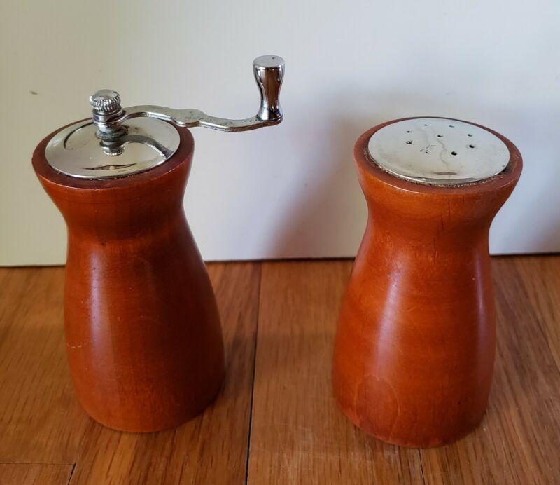 Vintage Wood George Thompson Salt Shaker Pepper Grinder Mill Mid-Century Modern