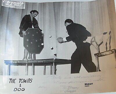 Varieté-Foto OLYMPIA Dance Hall PARIS: THE TOWAS & DOG, Widmung BERLIN um 1955