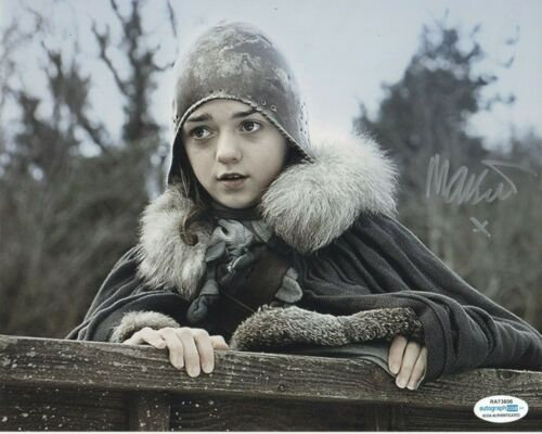 Maisie Williams Game of Thrones Autographed Signed 8x10 Photo ACOA