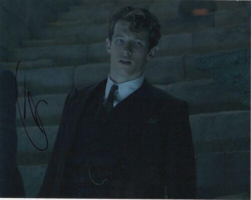 Callum Turner Fantastic Beasts Autographed Signed 8x10 Photo COA CA10