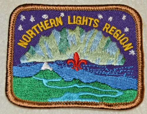 NORTHERN LIGHTS REGION Rolled Edge Rectangle Boy Scout Badge Canadian (ABN8A)