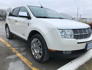 2008 Lincoln MKX - Fully loaded Heated and Cooled Seats