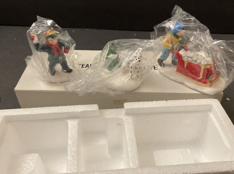 Set of 3 Dept 56 Snow Village EARLY MORNING DELIVERY With Box