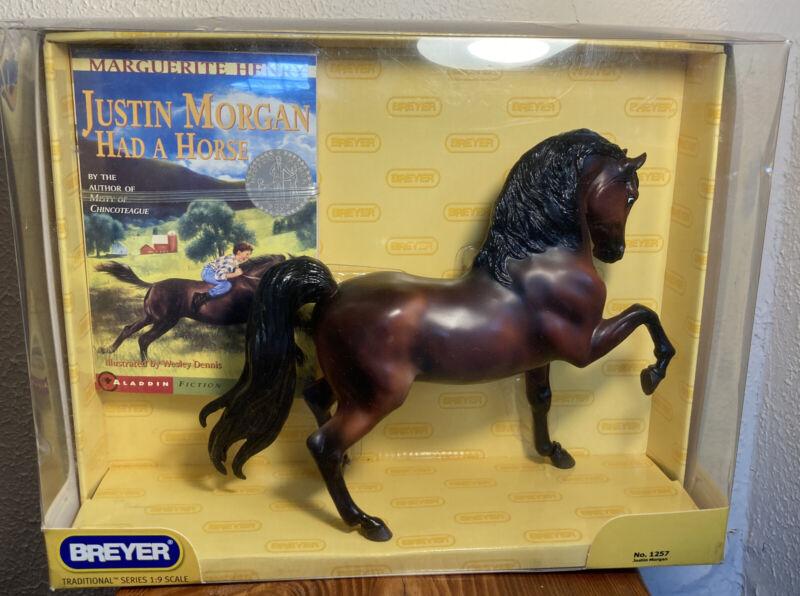 Breyer Justin Morgan & Book 1257 2005-07 Traditional Sherman Morgan Model Horse