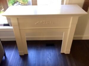 Fireplace surround & mantle