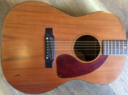 1967 Gibson LG-0 Natural Finish Mahogany Flat Top Concert-size Acoustic Guitar