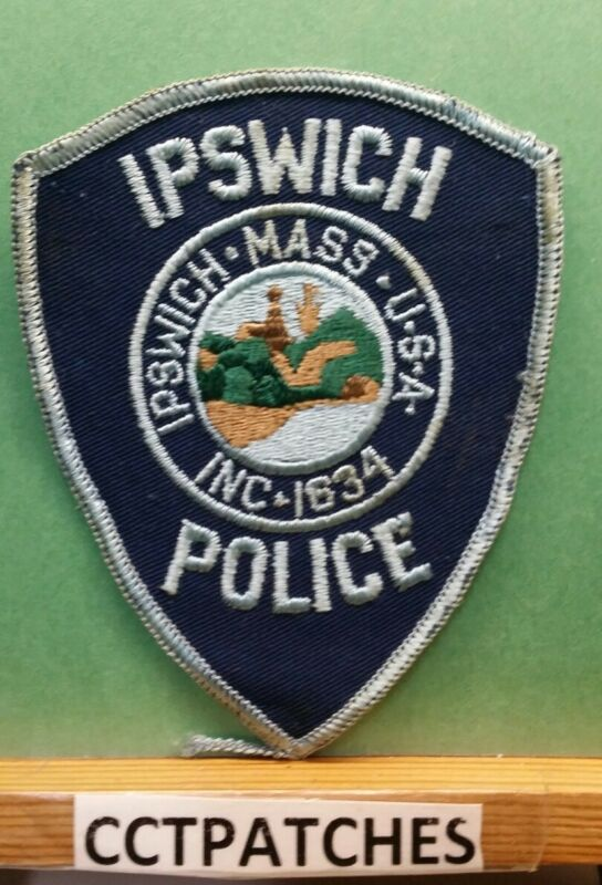 IPSWICH, MASSACHUSETTS POLICE SHOULDER PATCH MA