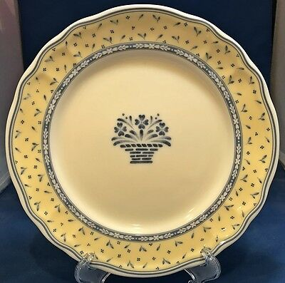 Epoch Blue Baskets Salad Plate (s) #E833 Yellow (Blue Rim Salad Plate)
