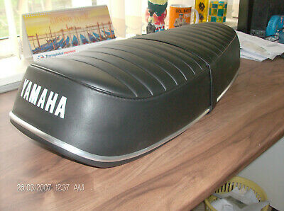 MOTORCYCLE  SEAT COVER  <em>YAMAHA</em> YR5 DS7