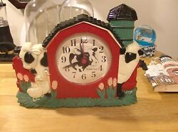 New Haven Barn Yard House Wall Clock  ( Quartz)