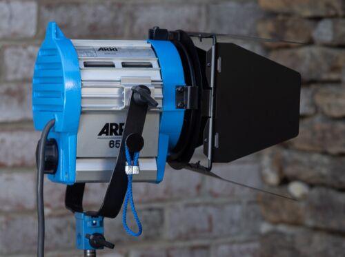 Arri 650 Plus Spotlight with Barndoors and Bulb Very Nice Condition