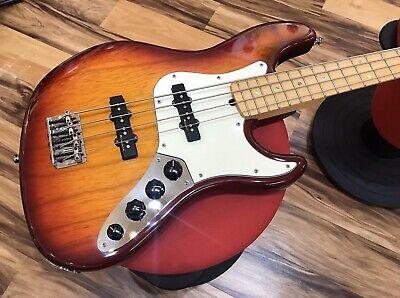 Fender Jazz Bass American Deluxe 2001