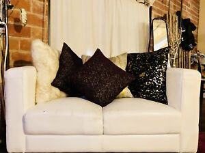 BEAUTIFUL SOFA, LOVESEAT & CHAIR !!!