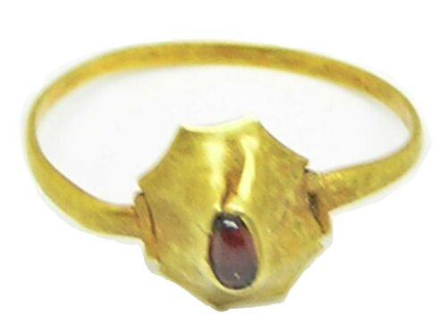 12th - 13th century Medieval gold and garnet finger ring wearable size 6