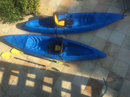 2 x Seak kayaks with clip in seats and paddles - $490 the lot!