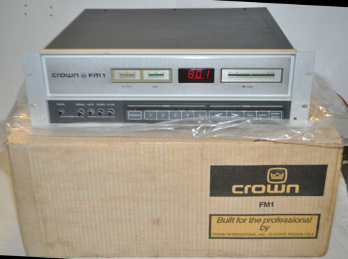 Vintage top-line Crown FM-1 Digital Audio FM Tuner Mint in Original Box