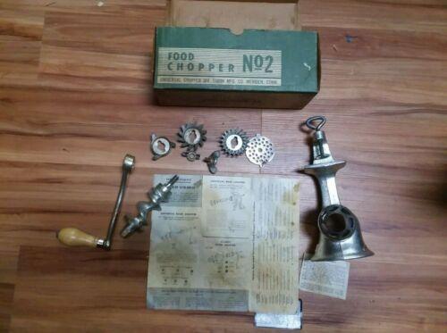 Vintage Universal Number No. 2 Meat Grinder Food Chopper Original Box All Parts