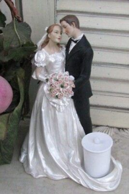 Cake Topper Candle Holder Man and Woman Statue Traditional Elegance Boquet Roses Ivory Wedding Cake Candle
