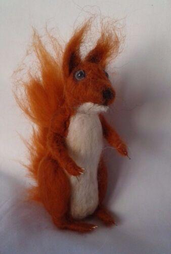 Squirrel Needle Felt Kit British wool