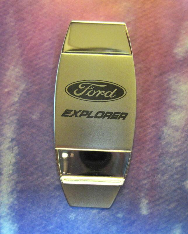 EXPLORER -  money clip