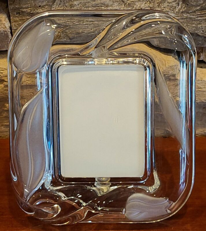 """Frosted Glass Picture Frame TULIPS Holds Picture 3"""" x 2.25"""" Beautiful Vintage!"""