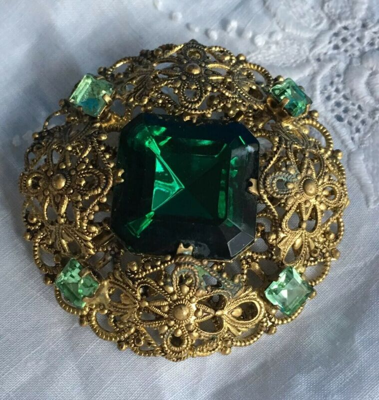 Vintage Czech GREEN Glass Rhinestone Brooch FILIGREE 2""